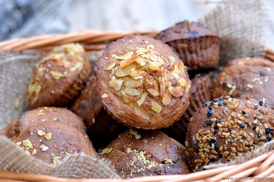 Madalenas con frutos secos y cúrcuma (sin azúcar ni trigo)